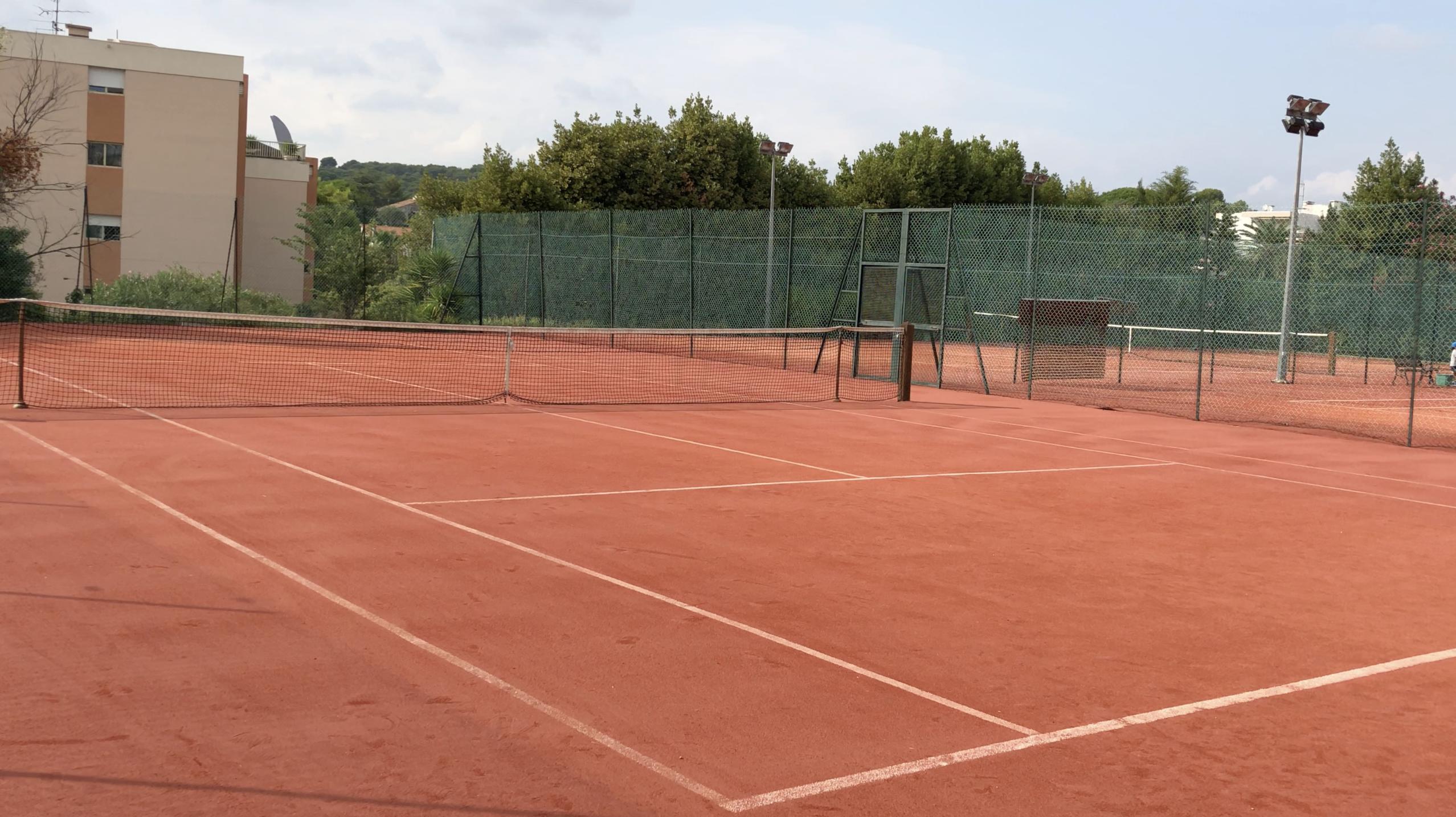 Court tennis club La Roseraie - courst de tennis